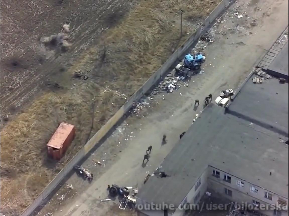"""Невероятное видео! Украинский беспилотник заснял как силы АТО дали """"жаркую ответку"""" по сепаратистам из АГС"""