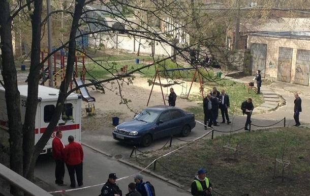 В Киеве убили известного журналиста Олеся Бузину