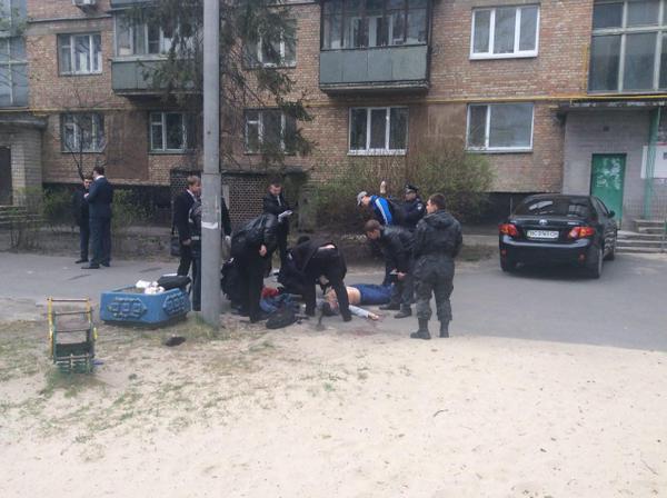 В Киеве убили известного журналиста Олеся Бузину (ФОТО с места)