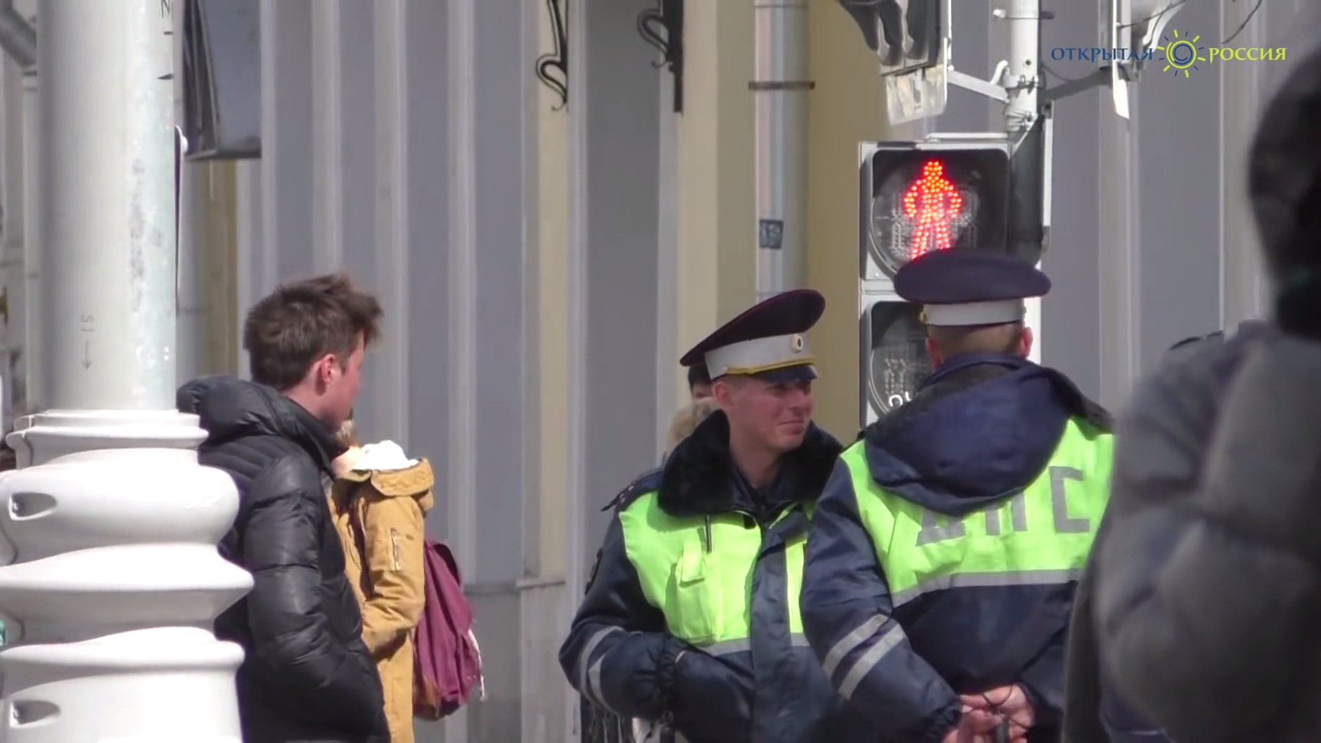 """Мега популярный тролинг москвичей """"Че там у хохлов?"""" (ВИДЕО)"""