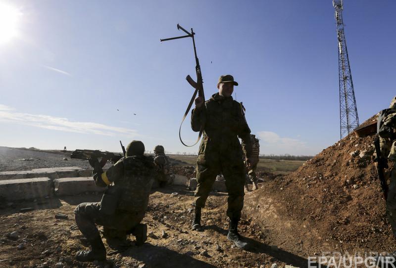 Часть позиций в Марьинке силы АТО покинули, в городе продолжаются активные бои. Много раненых