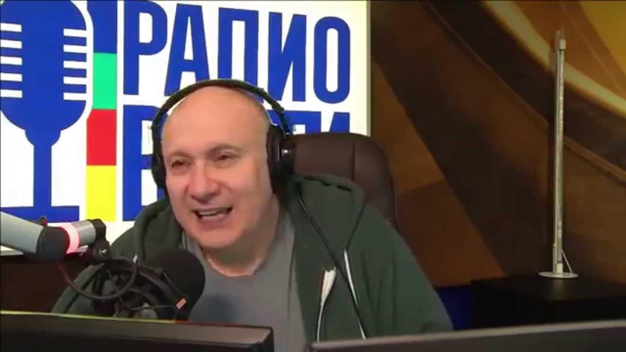 """Аплодируем стоя! Ведущий радио """"Вести"""" жестко поставил на место дозвонившегося сепаратиста (ВИДЕО)"""