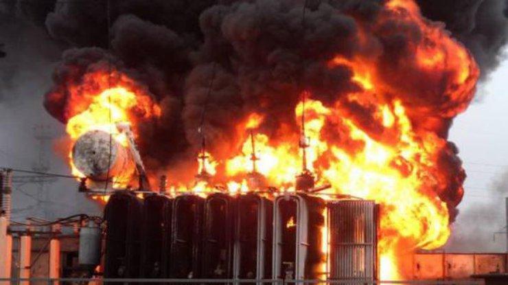 В Крыму из-за веерных отключений и сильных перепадов начали взрываться электро подстанции