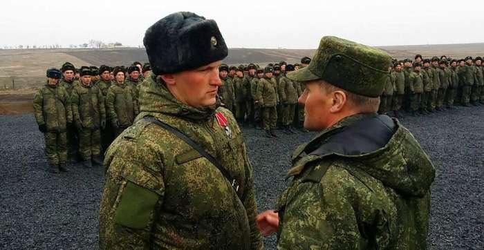 В Дебальцево с передовой прибыла огромная группа ВС РФ с десятками гробов для возвращения в Россию