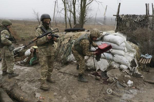 Боевики массово штурмовали Марьинку, силы АТО атаку отбили, но с потерями