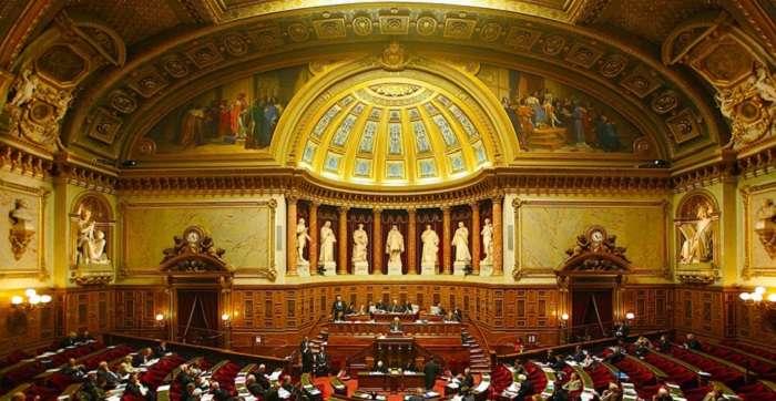 Украинское посольство жестко отреагировало на резолюцию Сената Франции о снятии санкций с РФ
