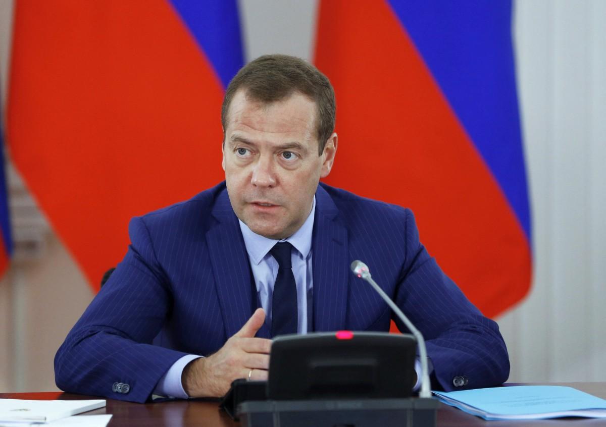 МЕГАСКАНДАЛ! Медведев признался, что лично по приказу Путина приказывал употреблять мельдоний, но в этом виновны сбежавшие за границу (ВИДЕО)