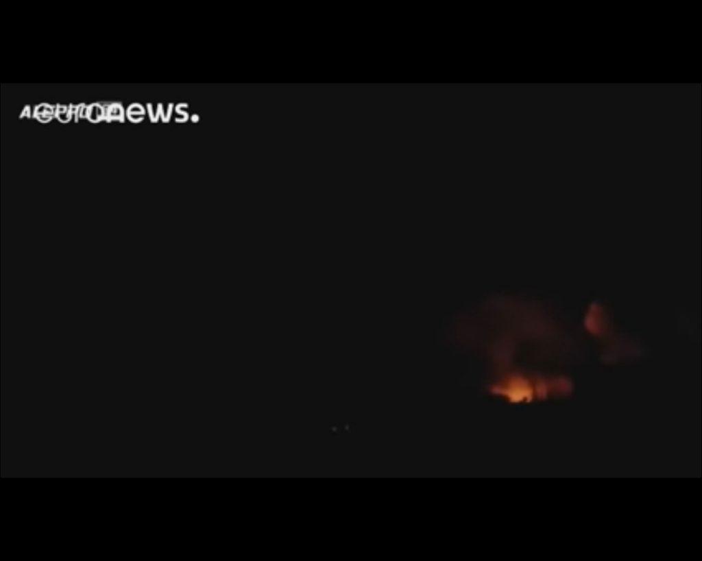 СРОЧНО! Экстренный созыв СовБеза ООН! Путинская авиация армия Асада разбомбила гумконвой ООН, много жертв (ВИДЕО)