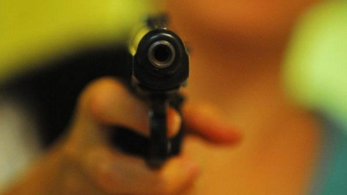 СНОВА СТРЕЛЬБА С КОПАМИ! В Харькове из-за замечания полицейского возникла потасовка со стрельбой