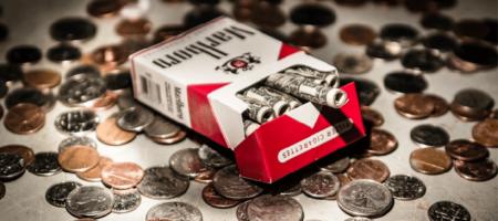 Курить не только вредно но и мега дорого! В Украине цены на сигареты взлетят до 80-90 грн