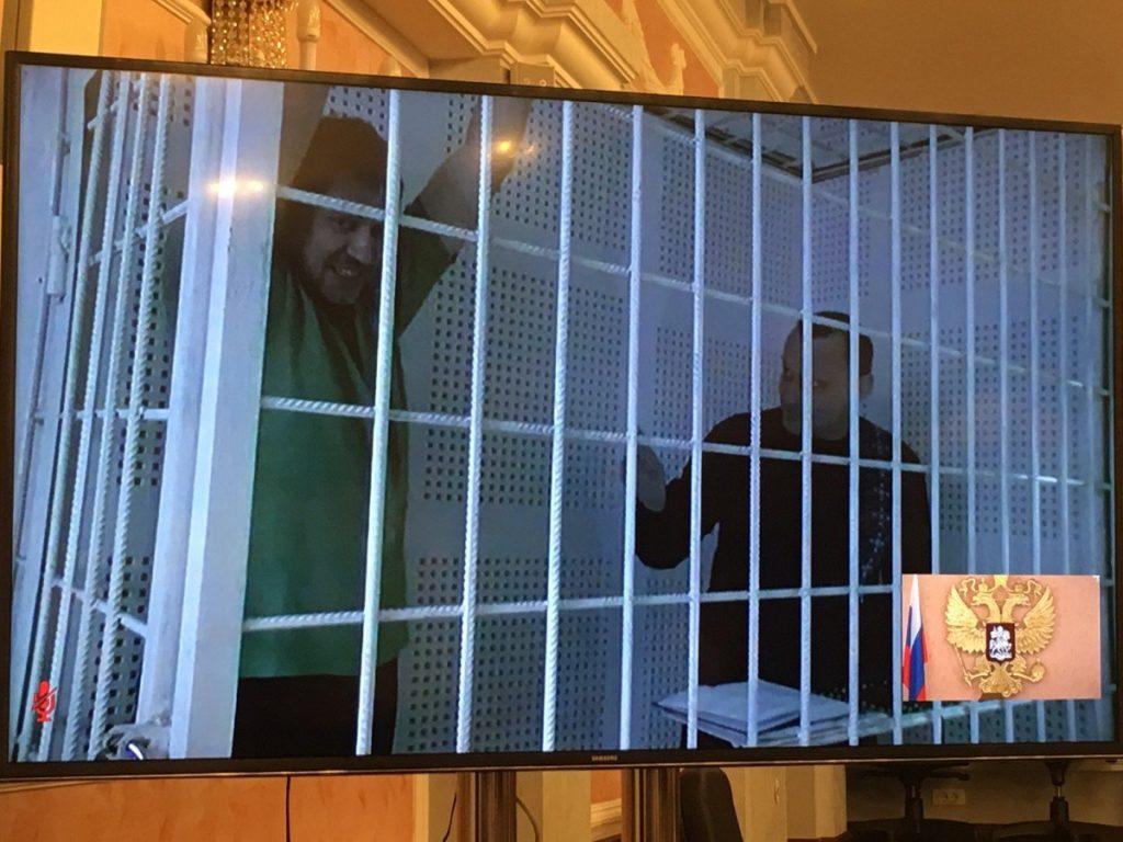 Верховный суд РФ подтвердил абсурдный приговор Кремля над украинцами Клыхом и Карпюком (ВИДЕО реакции Савченко)