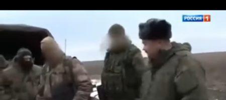 """Террористы """"ДНР"""" и кремлевские пропагандисты сняли очередной сказочный сюжет о найденных телах ДРГ ВСУ, с американцами и пластмассовыми наручниками (ВИДЕО)"""