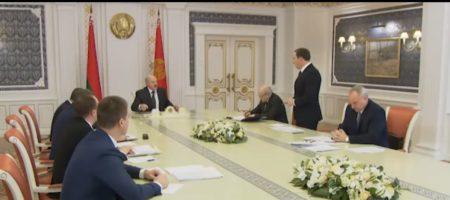 """""""Та встаньте не бойтесь! Я же не Путин - никого убивать не буду!"""" - Лукашенко насыпая чиновникам затронул и главу Кремля (ВИДЕО)"""