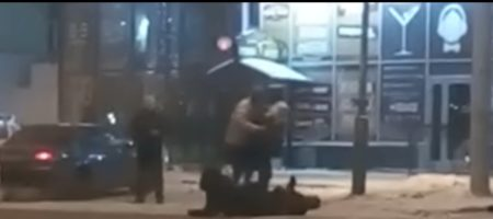 "КАРМА! Царева в России избили возле ресторана ""Колорадский папа"" (ВИДЕО)"