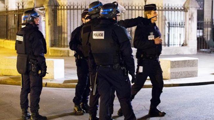 ЭКСТРЕННОЕ СООБЩЕНИЕ! Новый теракт в центре Парижа - есть погибшие (ВИДЕО)