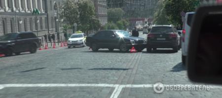 """По пьяни? """"Глава Нафтогаза"""" Андрей Коболев на служебном авто протаранил джип возле офиса компании (ФОТО)"""