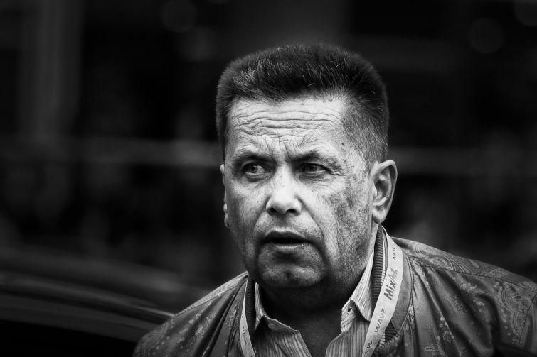 """Лидер группы """"Любэ"""" Николай Расторгуев при смерти - его госпитализировали перед концертом в Туле"""