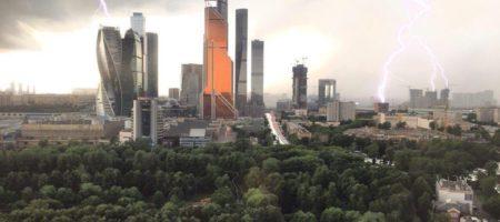 Сильнейший за 70 лет шторм в Москве забрал жизнь уже 2 человек, 6 госпитализированы (ФОТО + ВИДЕО)
