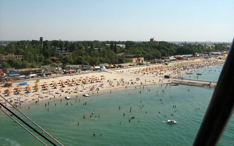 ТОП 10 місць для відпочинку на морі в Україні (ВІДЕО)