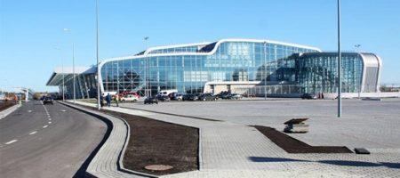 """Офіційно Ryanair в Україні! Лоукостер підписав угоду з аеропортом """"Львів"""""""