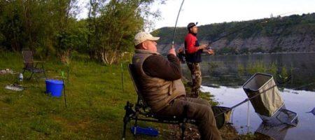 Рыбаков шокировал редкий хищник в украинской реке (ФОТО)