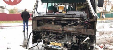 Масштабное ДТП под Киевом: один из водителей сбежал (ФОТО)