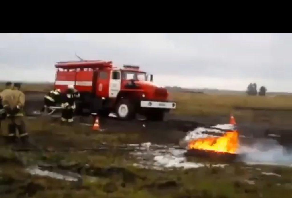 На учениях пожарных в Павлограде что-то пошло не так, а видео учений уже бьет рекорды по просмотрам
