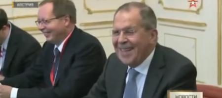 Лавров в очередной раз опозорился, громко захохотав в ответ на вопрос американской журналистки (ВИДЕО)