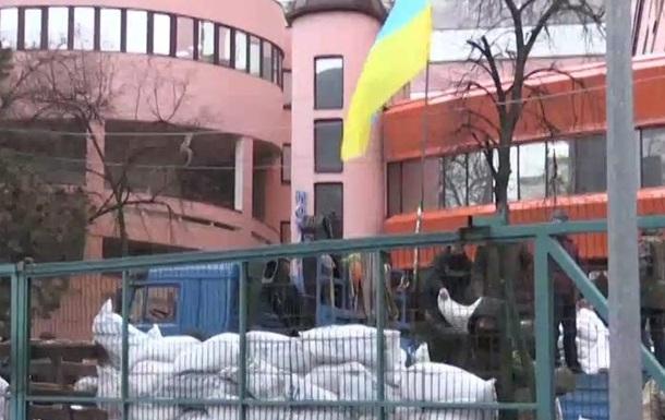Активисты блокирующие канал NewsOne назвали условия для снятия блокады (ВИДЕО)