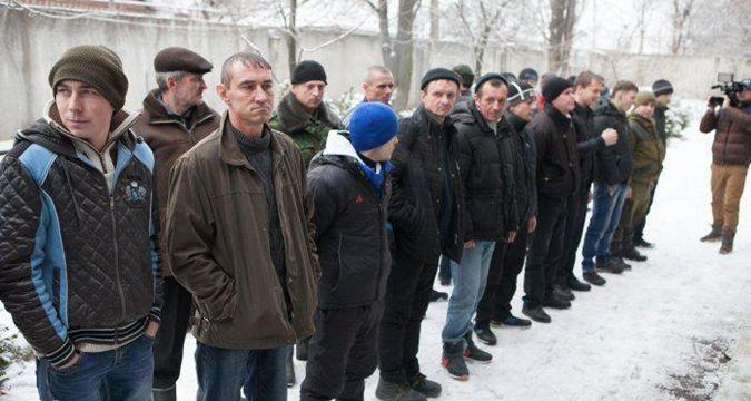 """В """"ДНР"""" срочная принудительная мобилизация: всех мужчин обязали срочно явится в военкомат"""