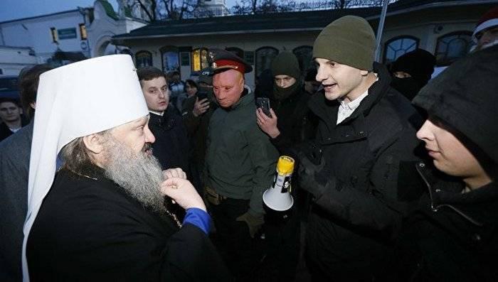 Скандал с наместиком Киево-Печерской лавры, который заявил, что Крым никогда не был украинским