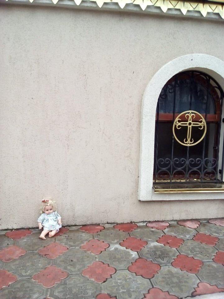 Скандал с неадекватными московскими попами, которые отказались отпеть ребенка получи л продолжение (ВИДЕО)