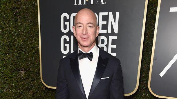 Основатель Amazon Безос признан самым богатым человек в истории