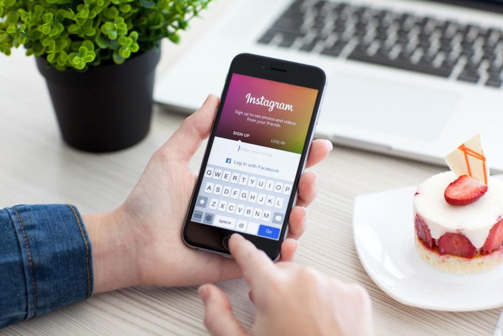 Instagram внедряет революционный сервис, который позволить звонить