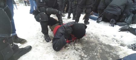 Во Львове произошли большие стычки активистов и полиции (ФОТО + ВИДЕО)