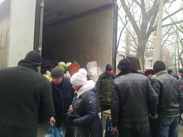 """В """"ДНР"""" начали выдавать зарплаты продуктами (ВИДЕО)"""