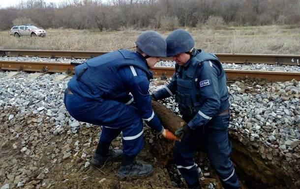 ЧП на Одесчине: возле ж/д путей обнаружили артиллерийские снаряды (ФОТО)