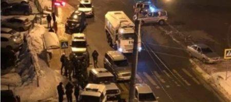 В Казани мужчина устроил стрельбу во многоэтажке. Есть убитые, среди них ОМОНОвцы (ВИДЕО)