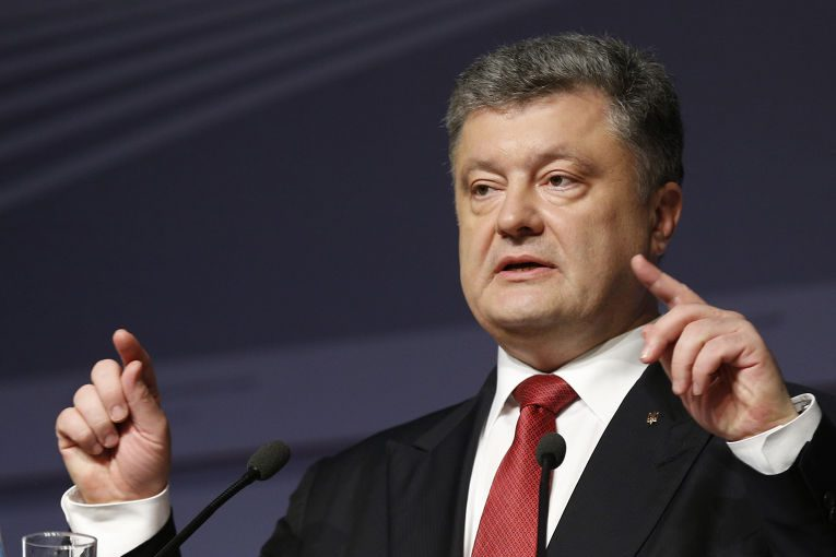 Порошенко сообщил радостную новость для украинской армии