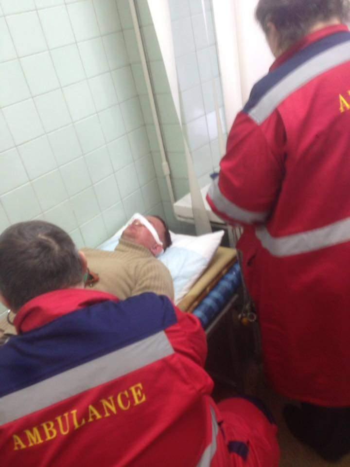 В Киеве был избит известный нардеп (ФОТО)