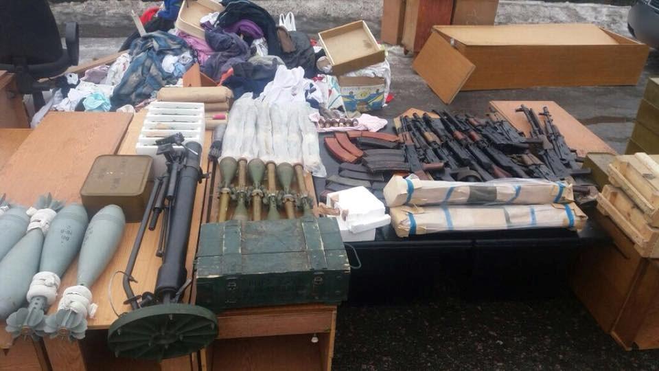 Спецслужбы Украины на КПП задержали с оружием переговорщика Рубана - подробности