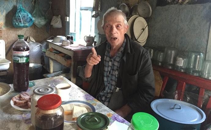 Тиша і солов'ї співають: розповідь 86-ти річного самосела про життя в Чорнобилі