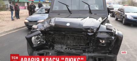 Автомобиль Медведчука попал в двойное ДТП, пьяный водитель прятался от полиции за столбом (ВИДЕО)