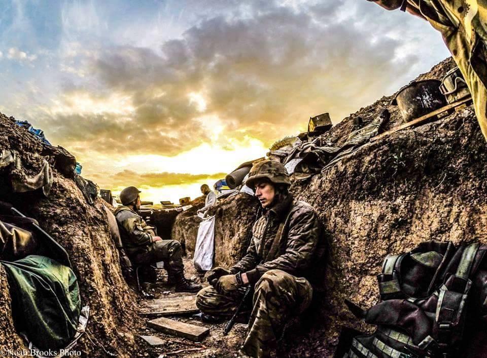 """""""Разнесли в прах!"""" - третья сила снова мощно ударила по боевикам в районе Светлодарской дуги - подробности от Мисягина"""
