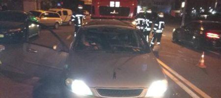 В Киеве из-за подрыва автомобиля погиб мужчина
