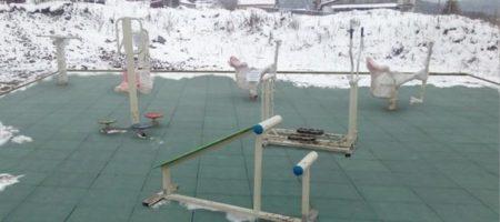 На России чиновники достроили детскую площадку с помощью фотошопа (ФОТО)