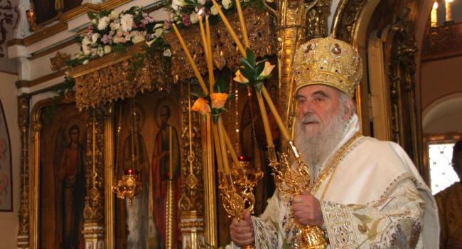 """Глава сербской церкви назвал Порошенко """"врагом всего православия"""" и получил награду в Москве"""