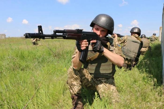 """Украинские воины зашли на позиции """"ДНР"""": (ФОТО добычи)"""