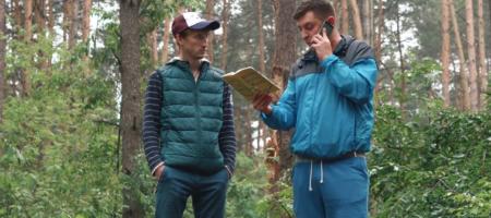 ЮМОРИСТИЧЕСКИ РАЗРЫВ: Известные украинские блогеры Бампер и Сус поздравили Порошенка и остальных с Днем Конституции (ВИДЕО)