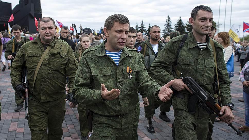 """Раскол в """"ДНР"""": Захарченко уже в открытую выступил против кремлевских кураторов - подробности"""